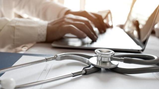 Covid : une plateforme pour recruter des soignants