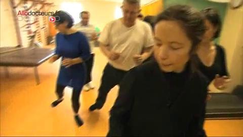Cours de Taï chi chuan à l'hôpital Henri Mondor de Créteil.