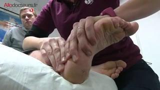 Pour retrouver un bon fonctionnement de l'articulation de la cheville, une rééducation est souvent nécessaire.