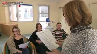 Des cours de théâtre sont organisés pour les patients hospitalisés pour des TOC.