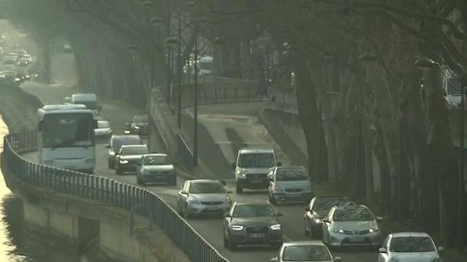 Comment la pollution de l'air pourrait perturber le bon déroulement du cycle menstruel
