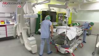 La chimioembolisation permet d'injecter la chimiothérapie directement dans les cellules cancéreuses situées au niveau du foie sans exposer le reste du corps aux effets de ces médicaments