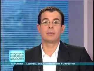 Michel Cymes et Benoît Thevenet expliquent l'utilisation des levures.