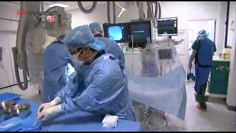 Comment la prothèse est-elle installée ?