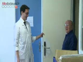 Consultation post-opératoire à l'hôpital Foch (Suresnes).