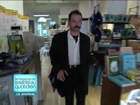 Depuis sa greffe des deux mains, Denis a retrouvé un emploi (reportage du 15/12/05).
