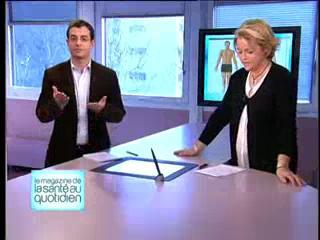 Marina Carrère d'Encausse et Benoît Thevenet expliquent la langue de signes.