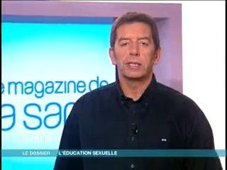 Marina Carrère d'Encausse et Michel Cymes décrivent les débuts de l'éducation sexuelle.