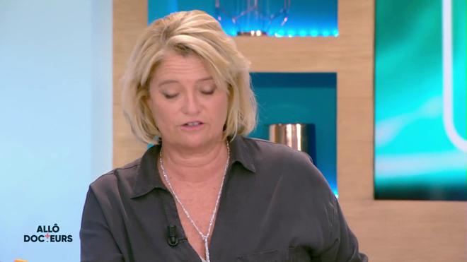 Marina Carrère d'Encausse et Régis Boxelé expliquent le fonctionnement du coeur