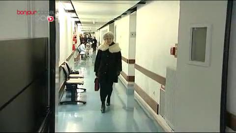L'hôpital Saint-Louis, à Paris est l' un des premiers services à avoir utilisé cette méthode pour traiter le carcinome