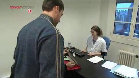 Reportage à la maternité de Necker-Brune à Paris, service pionnier dans la gestion des risques au cours de la grossesse.
