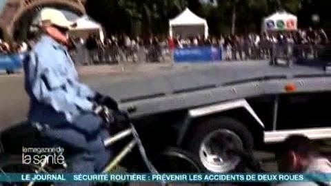 Un crash test à vélo pour sensibiliser le public