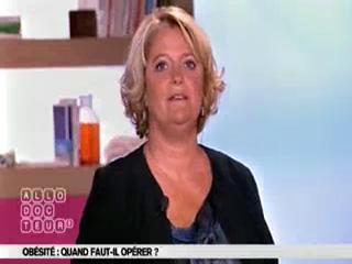 Marina Carrère d'Encausse et Michel Cymes expliquent la chirurgie de l'obésité.
