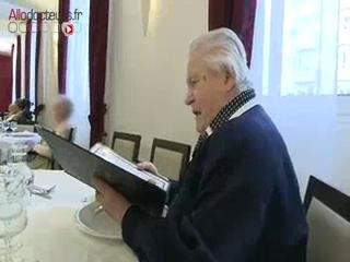 Pour certaines personnes âgées souffrant de problèmes de déglutition et de mastication, les repas sont souvent difficiles.