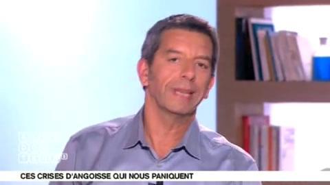 Marina Carrère d'Encausse et Michel Cymes expliquent les mécanismes de la crise d'angoisse.