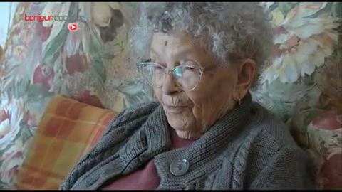 Pauline qui vit avec sa fille depuis plus de cinq ans.