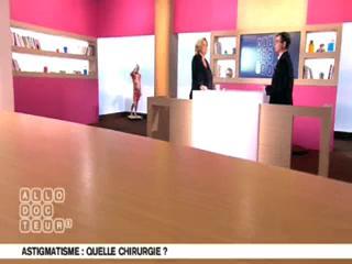 Marina Carrère d'Encausse et Benoît Thevenet expliquent l'astigmatie.
