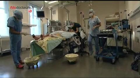 Attention images de chirurgie très impressionnantes !