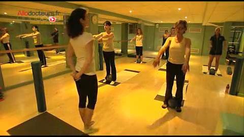 Moins récent mais tout aussi prisé, le Pilates est une méthode de renforcement musculaire et de gainage.