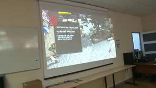 De nombreuses casernes de pompiers proposent des cours gratuits de secourisme pour apprendre les gestes qui sauvent