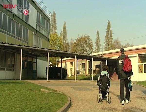 Près de 6 000 enfants handicapés ont été privés de rentrée scolaire.