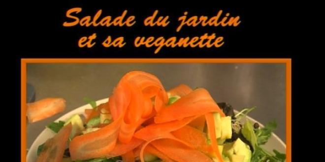 Salade du jardin et sa veganette