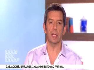 Marina Carrère d'Encausse et Michel Cymes présentent les maux d'estomac.