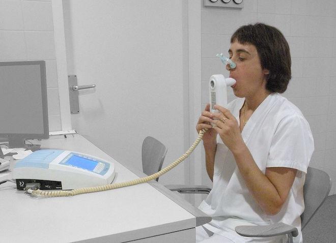 Test de spirométrie (cc-by-sa Jmarchn)