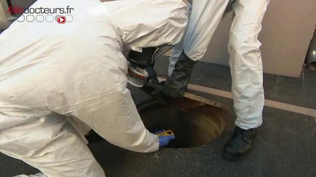 Covid : les marins-pompiers de Marseille traquent le virus dans les eaux usées