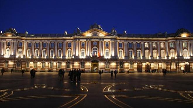 Image d'illustration. Place du Capitole, à Toulouse.