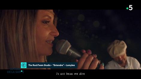 Malentendante, elle chante et prouve que tout est possible malgré un handicap