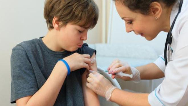 Vaccination des ados : «Il faut vacciner le plus possible»