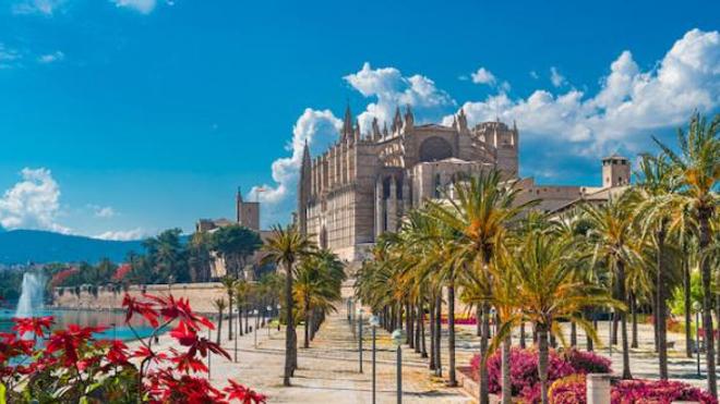 Le cluster s'est déclaré à Palma de Majorque, où des jeunes étudiants étaient venus fêter la fin de leurs examens.