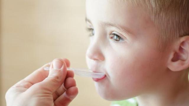 La France prescrit-elle trop de médicaments aux jeunes enfants ?