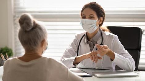 Covid : pour convaincre les indécis, les généralistes peuvent demander le nom de leurs patients non vaccinés