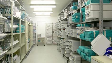 Pénuries de médicaments : les laboratoires appelés à constituer des stocks de médicaments