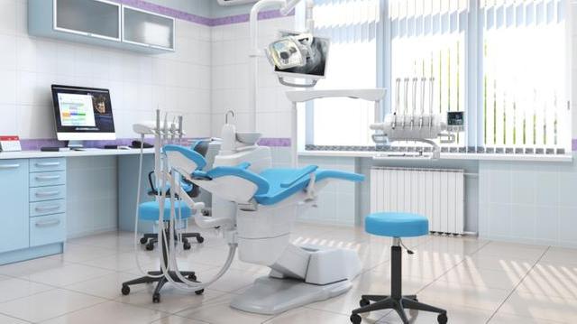 Centres dentaires low cost : les députés veulent un encadrement renforcé