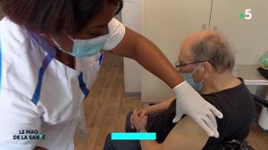 Grippe : la vaccination a débuté dans les Ehpad