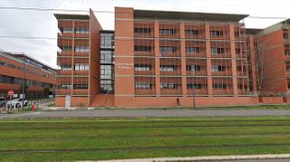 Fresque d'internat : un hôpital toulousain chasse le sexisme de sa salle de garde