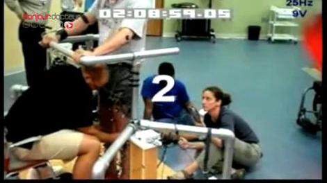 Une stimulation électrique remet un homme paraplégique sur ses deux pieds !