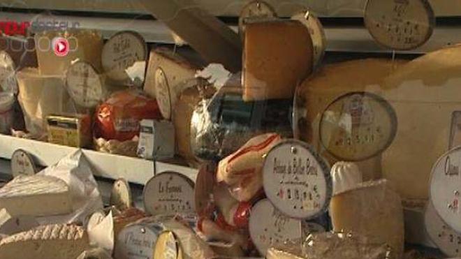 Alerte à la listeria sur deux produits fromagers distribués par Carrefour