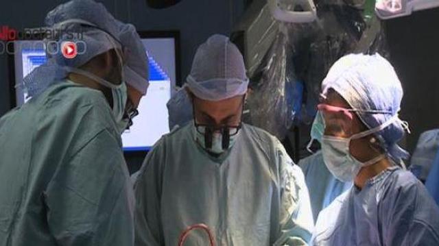 Aventures de médecine : zoom sur la microchirurgie
