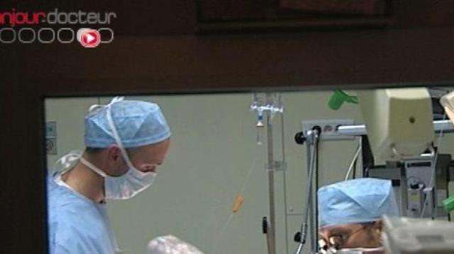 Première chirurgie… sans chirurgien !