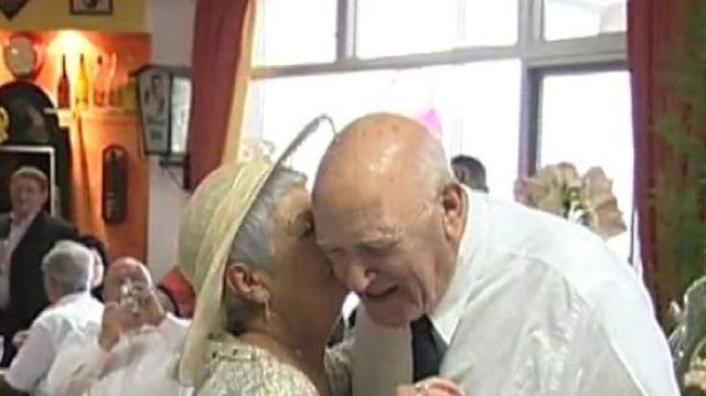Sexualité des seniors négligée dans les maisons de retraite