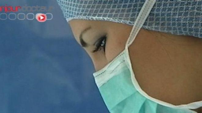 Infirmières épuisées, patients infectés