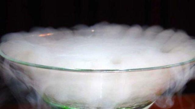 Un cocktail tendance au goût très amer...